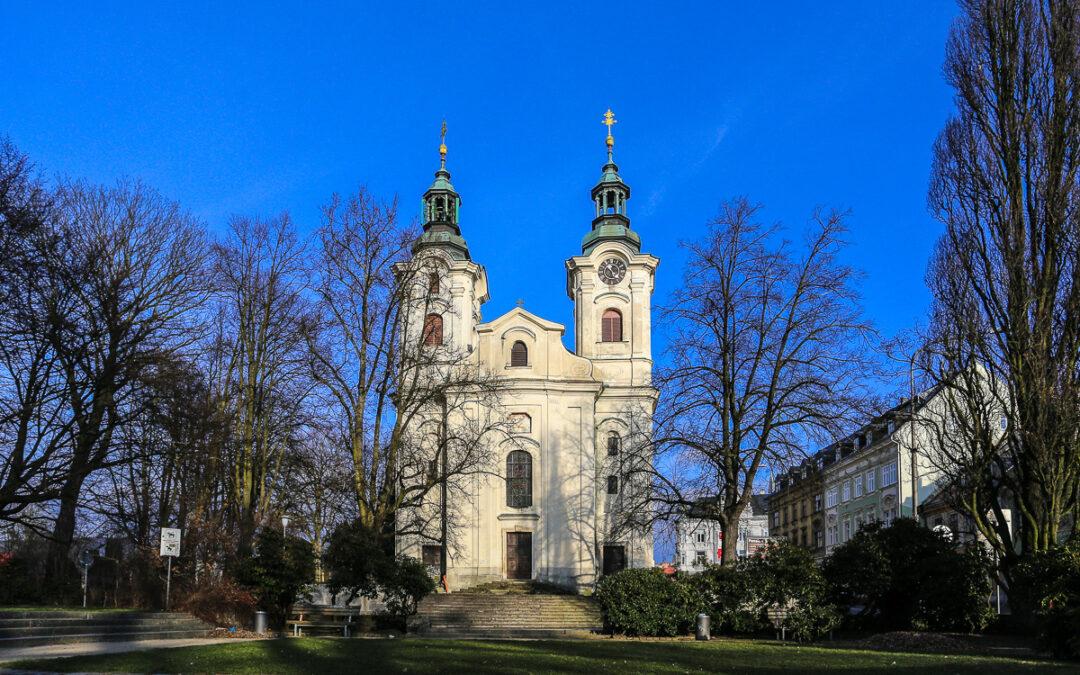 Kostel Nalezení sv. Kříže / Kirche des Heiligen Kreuze